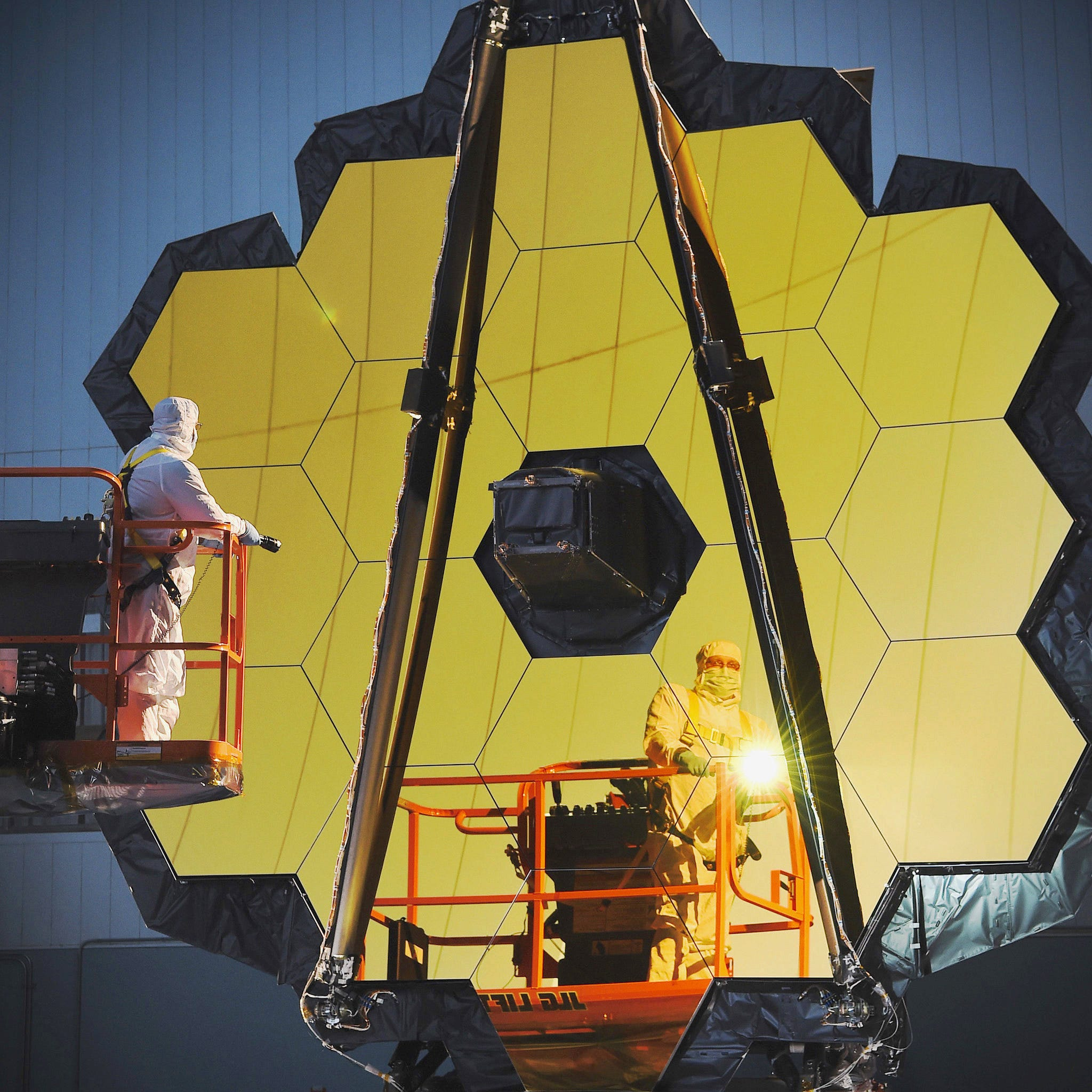 Finally the James Webb space telescope has a (possible) launch date!