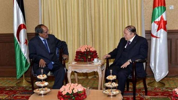 Abdelaziz Bouteflika avec l'ex-secrétaire général du Front Polisario, Mohamed Abdelaziz. / Ph. DR