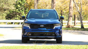 a car parked on the side of a road: 2021 Kia Sorento Exterior