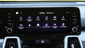 graphical user interface, application, Teams: 2021 Kia Sorento Interior