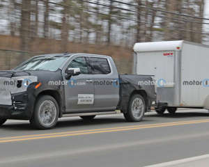 2022 GMC Sierra 1500 Denali Spy Shots Lead