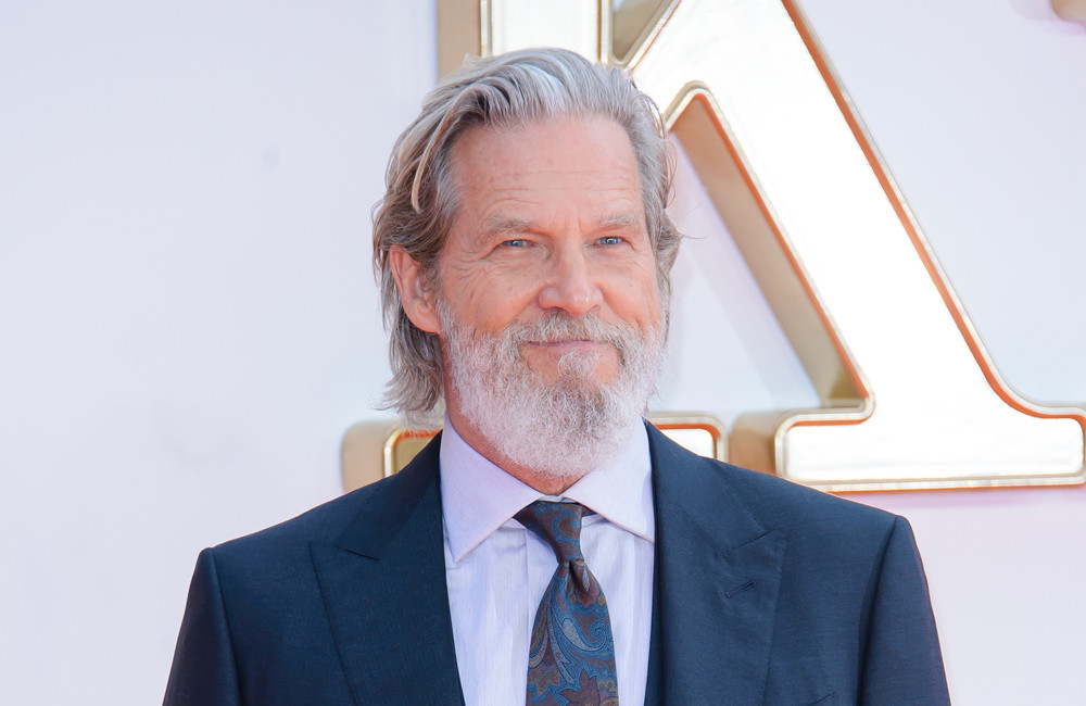 Jeff Bridges says he's 'feeling good' as he undergoes treatment for cancer
