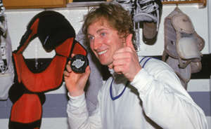 Wayne Gretzky holding a phone: The goal for NHL teams is to, well, score goals. If you are an NHL forward, one of your key jobs is to light the lamp for your squad. Some players have proven particularly good for it. This includes truly elite goal scorers, and also guys who had unexpected-prolific seasons. Here are the players who have scored the most goals in a single season for every NHL franchise, from the Original Six to the one in Vegas.
