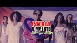 a group of people posing for the camera: Cubadebate estrena la canción Patria o Muerte por la Vida, interpretada por Raúl Torres, Annie Garcés, Dayana Divo, Karla Monier, y Yisi Calibre.  #Cuba #CubaEsCultura