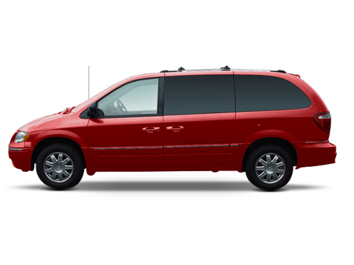 Slide 1 of 6: 2005 Chrysler Town & Country