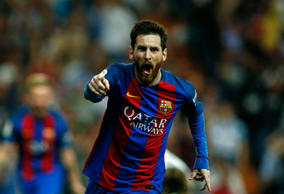 Lionel Messi sinks Real Madrid in thriller