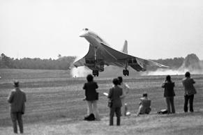 An Air France Concorde SST lands at Dulles International Airport, May 24, 1976 to inaugurate commercial passenger service between Paris and Washington. Earlier British Airways Concorde landed from London.