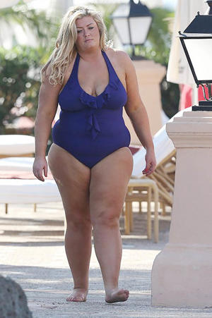 Gemma seems to be enjoying her current holiday a lot more than she did in 2014, when this picture was taken (Photo: Splash)