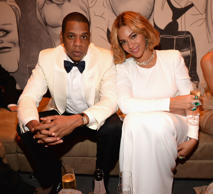 BEVERLY HILLS, CA - FEBRUARY 22:  (EXCLUSIVE ACCESS, SPECIAL RATES APPLY)  Jay Z...