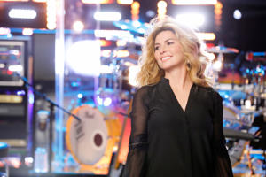 THE VOICE -- 'Top 12 Reality' -- Pictured: Shania Twain -- (Photo by: Trae Patton/NBC/NBCU Photo Bank via Getty Images)
