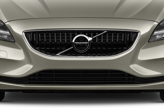 Slide 1 of 25: 2017 Volvo V40