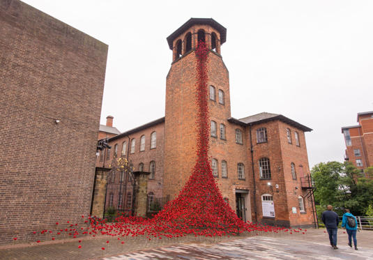 Slide 32 de 36: The poppy sculpture Weeping Window opens at The Silk Mill in Derby as part of a UK-wide tour organised by 14-18 NOW on June 8. Weeping Window is part of Blood Swept Lands and Seas of Red by artist Paul Cummins and designer Tom Piper.