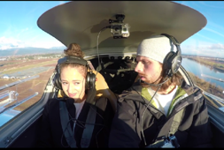 Pilot Proposes to Girlfriend During 'Engine Failure'