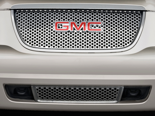 Slide 1 of 25: 2014 GMC Yukon XL