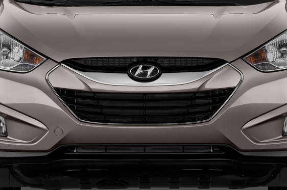 Slide 1 of 24: 2013 Hyundai Tucson