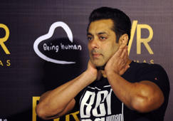 Salman Khan walks out of Jodhpur jail