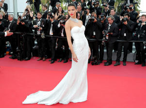 CANNES, FRANCE - MAY 18: Model Adriana Lima attends the 'Loveless (Nelyubov)' screening during the 70th annual Cannes Film Festival at Palais des Festivals on May 18, 2017 in Cannes, France. (Photo by Neilson Barnard/Getty Images)