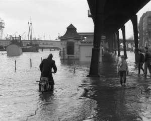 This huge storm hit the city of Hamburg, Germany, in 1962, with winds of up to 200 km/h, leaving a sixth of the city submerged and claiming 347 lives.