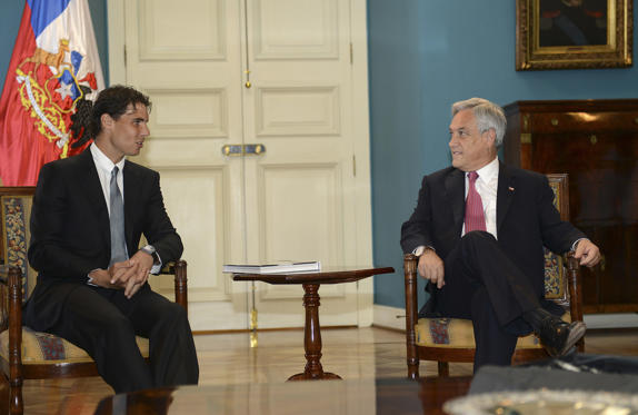 Diapositiva 9 de 31: Rafael Nadal con Sebastián Piñera