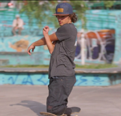 Skateboarder with no legs aspires to be a pro