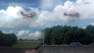 Mysterious Ring-Shaped UFO Appears in the Sky