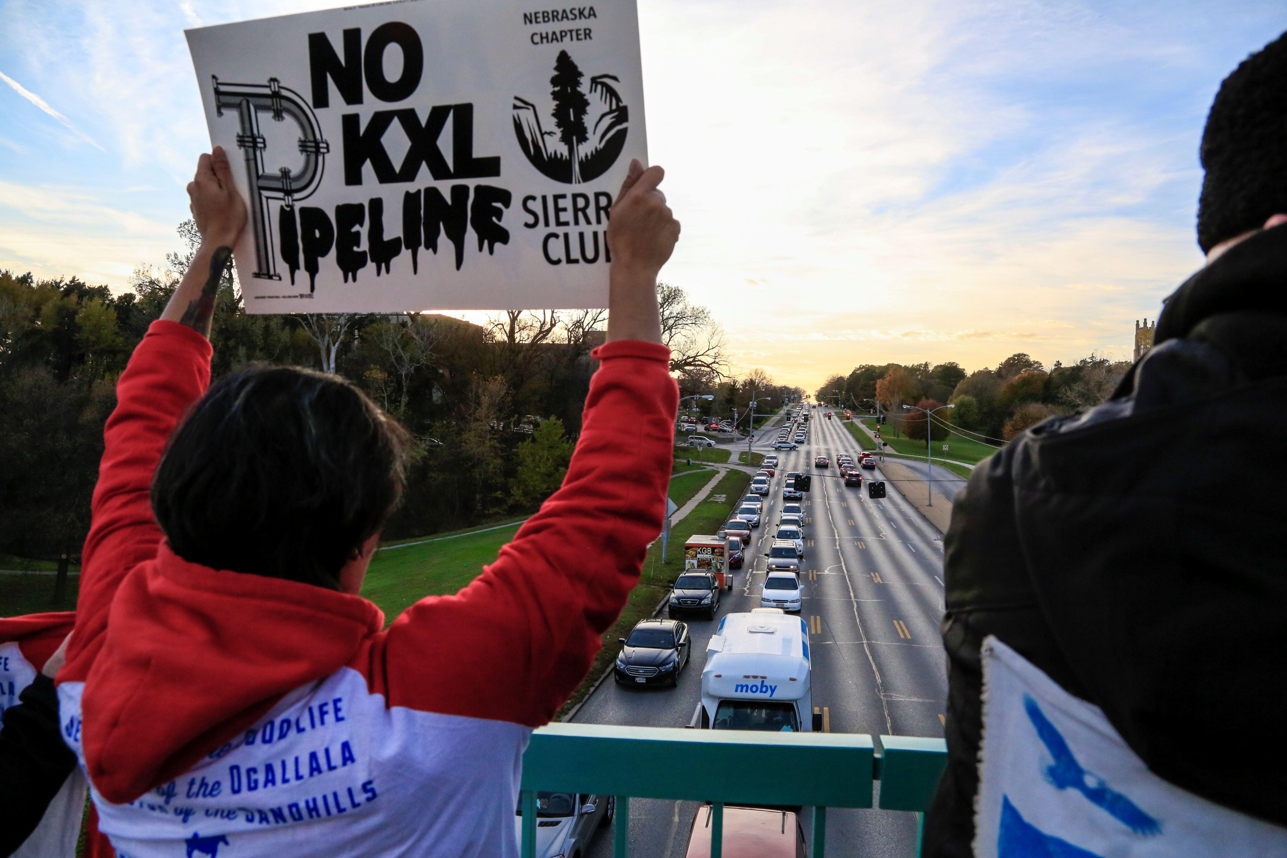 Keystone pipeline leaks over 200K gallons of oil in South Dakota