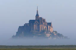 Drone captures footage of Le Mont Saint-Michel