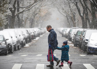 Snow and ice are forecast from the Twin Cities to Washington Much of Eastern US to get snow, sleet or freezing rain