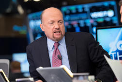 Jim Cramer weighs in on the stock market's massive plunge