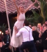 Wedding guests gasp at 'Dirty Dancing' epic Fail