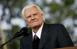 NEW YORK - JUNE 24:  Evangelist Billy Graham preaches during his New York Crusade at Flushing Meadows Park on June 24, 2005 in Queens, New York.  Graham, 86, has preached the Gospel to more people in a live audience format than anyone in history -- over 210 million people in more than 185 countries. His followers believe that the New York Crusade which runs from June 24th to the 26th will be his last live appearance.
