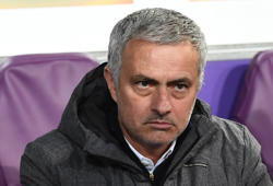 Manchester United's  manager José Mourinho looks on during the UEFA Europa League match between Anderlecht and Manchester United at the Constant Vanden Stock stadium in Brussels on April 13, 2017.  / AFP PHOTO / EMMANUEL DUNAND        (Photo credit should read EMMANUEL DUNAND/AFP/Getty Images)