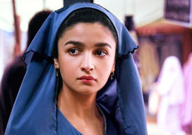 Alia Bhatt releases new stills of Raazi on her birthday