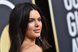 BEVERLY HILLS, CA - JANUARY 07:  Model Kendall Jenner attends the 75th Annual Golden Globe Awards at The Beverly Hilton Hotel on January 7, 2018 in Beverly Hills, California.  (Photo by Axelle/Bauer-Griffin/FilmMagic)