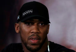 Boxing - Anthony Joshua & Joseph Parker Press Conference - London, Britain - January 16, 2018   Anthony Joshua during the press conference   Action Images via Reuters/Andrew Couldridge
