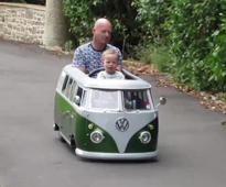 Dad builds a replica Volkswagen van for son