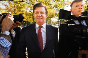 WASHINGTON, DC - NOVEMBER 02: Former Donald Trump campaign manager, Paul Manafort arrives at the E. Barrett Prettyman United States Courthouse on Thursday November 02, 2017 in Washington, DC. Manafort faces several charges. (Photo by Matt McClain/The Washington Post via Getty Images)