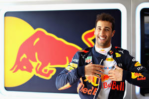 BUDAPEST, HUNGARY - JULY 29: Daniel Ricciardo of Australia and Red Bull Racing prepares to drive in the garage before the Formula One Grand Prix of Hungary at Hungaroring on July 29, 2018 in Budapest, Hungary.  (Photo by Mark Thompson/Getty Images)
