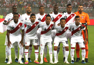 Peru's national soccer team poses for photo before a friendly soccer match between Peru and Scotland in Lima, Peru, Tuesday, May 29, 2018. (AP Photo/Martin Mejia)