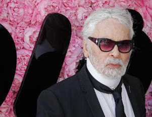 German fashion designer Karl Lagerfeld attends the Dior Men's Spring/Summer 2019 fashion show on June 23, 2018 in Paris. (Photo by FRANCOIS GUILLOT / AFP)        (Photo credit should read FRANCOIS GUILLOT/AFP/Getty Images)