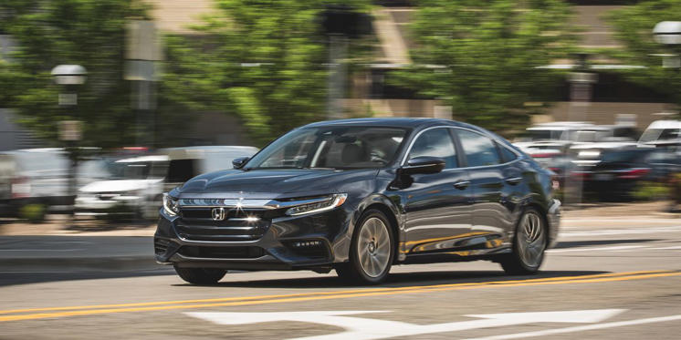 The 2019 Honda Insight Is the Least-Weird Hybrid Yet: Honda has designed the Insight to be a rather conventional sedan similar in character to the Honda Civic-only it happens to get fantastic mpg.