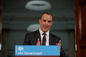 Britain's Secretary of State for Exiting the European Union, Dominic Raab gestures during his speech outlining the government's plans for a no-deal Brexit in London, Britain. Aug 23, 2018. REUTERS/Peter Nicholls