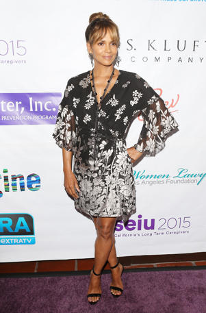 Halle Berry attends the 2018 Imagine cocktail party to benefit Jenesse Center held at Wilshire Country Club on June 27, 2018 in Los Angeles, California.