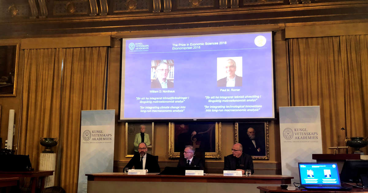 2 American researchers win Nobel economics prize