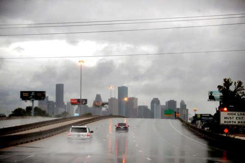 <!--:es-->Texas: peligro de inundaciones por tormenta Willa<!--:-->
