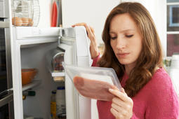 12 food storage mistakes that are spoiling your leftovers in the fridge