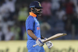 'It was too much for Kohli to do'