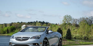 The Buick Cascada Is Not Long for This World: The Buick Cascada convertible isn't likely to stick around much longer, as Opel is ending production next year.