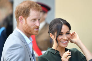 BOGNOR REGIS, UNITED KINGDOM - OCTOBER 03:  Prince Harry, Duke of Sussex and Meghan, Duchess of Sussex arrive at the University of Chichester's Engineering and Digital Technology Park during an official visit to Sussex on October 3, 2018 in Sussex, United Kingdom.  The Duke and Duchess married on May 19th 2018 in Windsor and were conferred The Duke & Duchess of Sussex by The Queen.  (Photo by Samir Hussein/Samir Hussein/WireImage)
