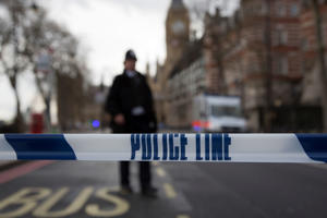 Metropolitan Police officers lockdown the surrounding area following the Westminster attack on 22nd March 2017 in London, England, United Kingdom. Four people were confirmed dead including police officer and attacker during what has been confirmed as a terrorist incident. (photo by Mike Kemp/In Pictures via Getty Images)